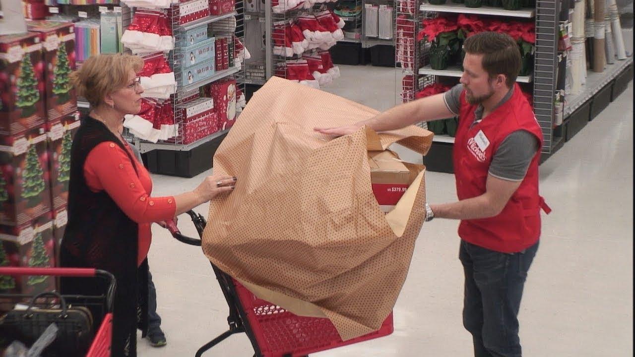 Ellen's Hidden Camera Prank on Unsuspecting Holiday Shoppers