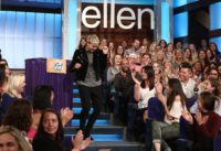 Ellen Gives Her Studio Audience a Pop Quiz