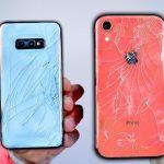 Samsung Galaxy S10e vs iPhone XR Drop Test
