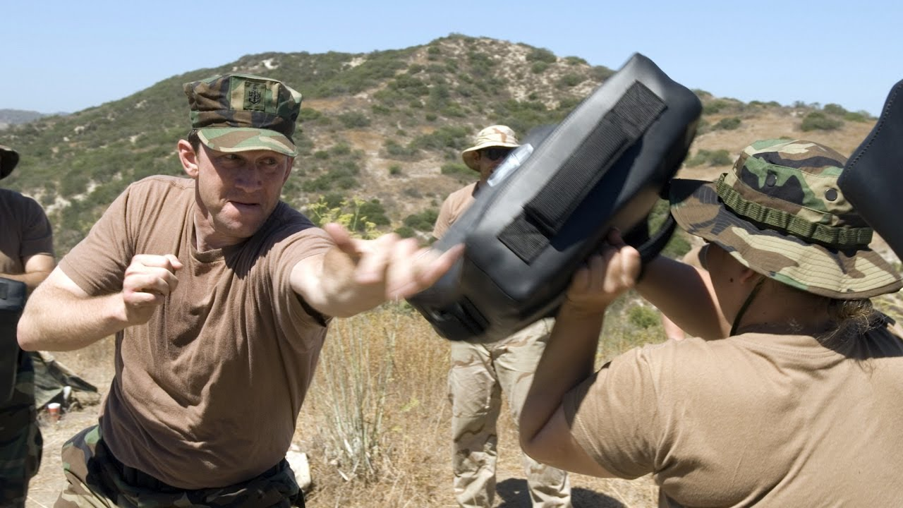 A Navy SEAL explains what to do if someone tries to mug you